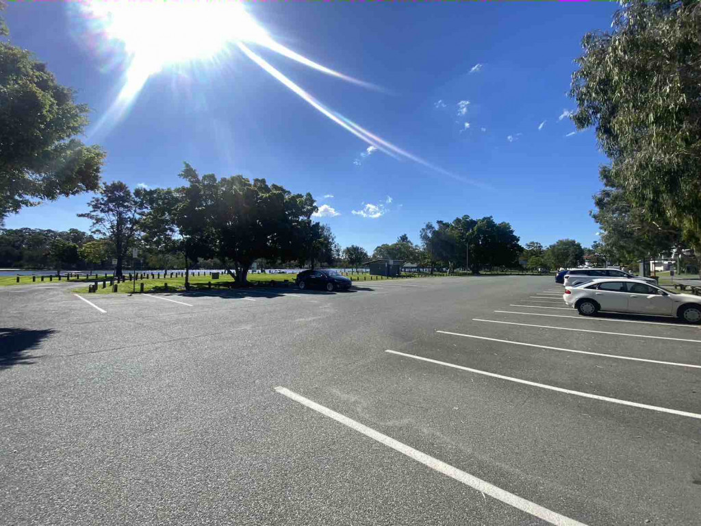 Pinaroo St Parking