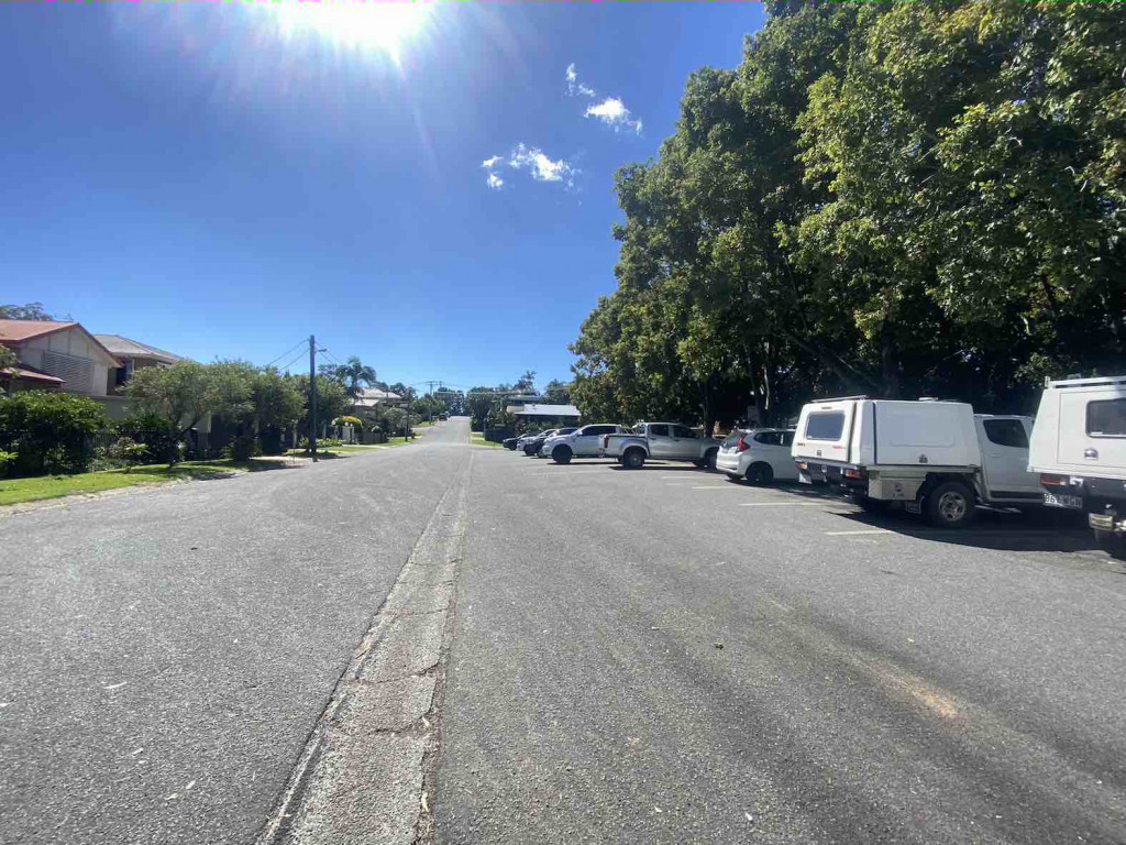 Tallawood Rd Parking